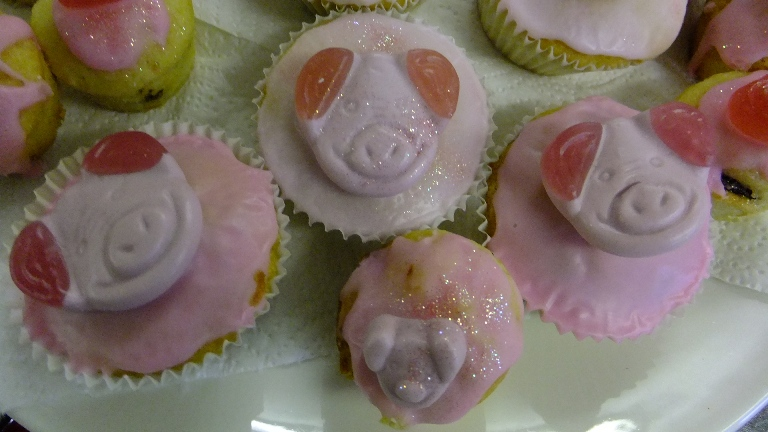 Percy Pig Cakes!
