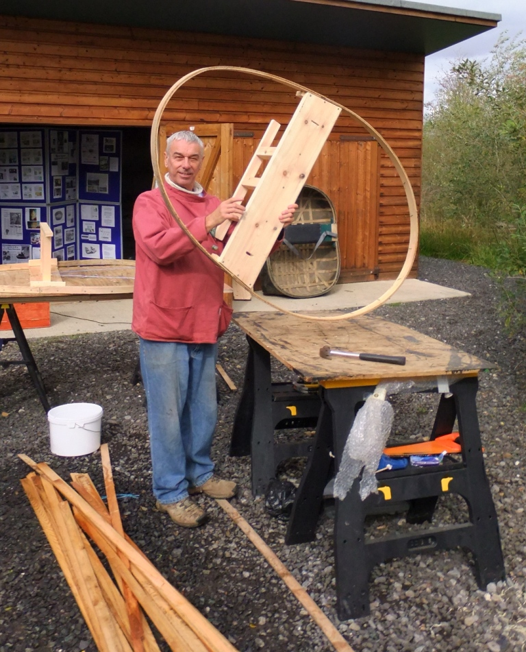Coracle frame